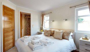 Burgh St Peter - 3 Bedroom Lodge